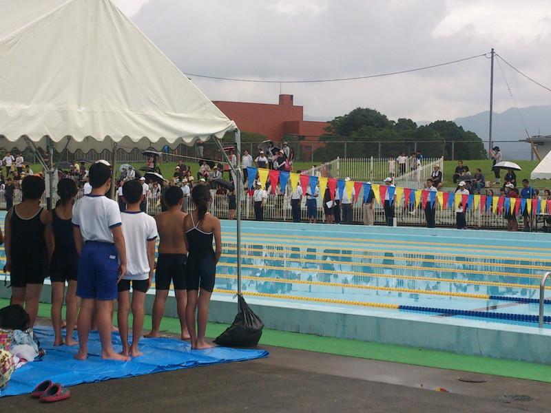 水泳記録会始まる