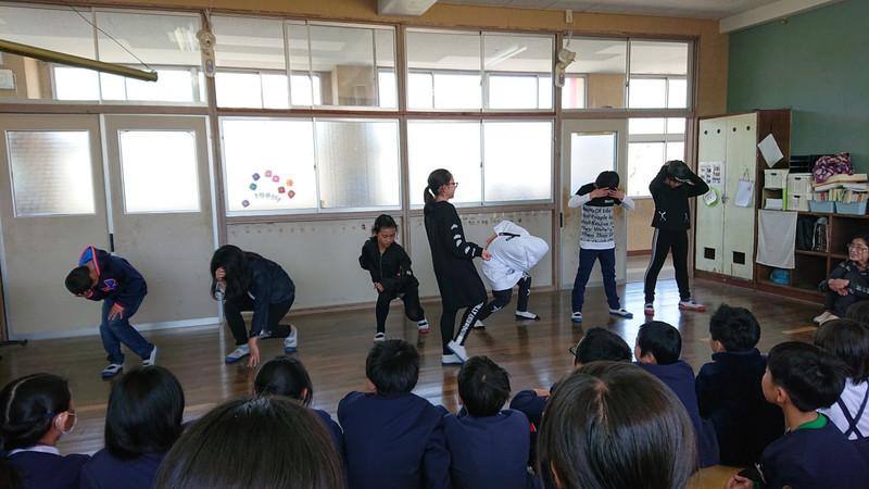 ダンス発表①